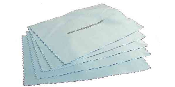 5 Microfibre cleaning cloths